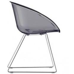 Chaise design plastique GLISS par Pedrali.