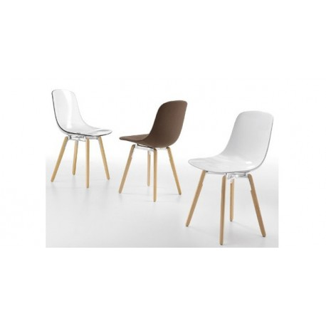 Chaises design PURE LOOP WOODEN LEGS.
