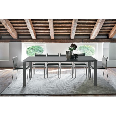 Table design SATURNO