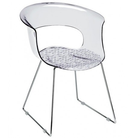 Chaise design MISS B ANTISHOCK transparente.