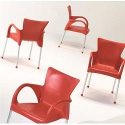 Chaise en plastique BEVERLY Gaber.