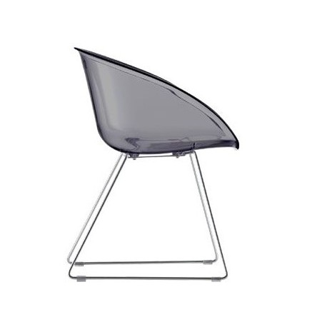 Chaise design GLISS fumé par PEDRALI.