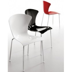 Chaises design GLOSSY par Infiniti.