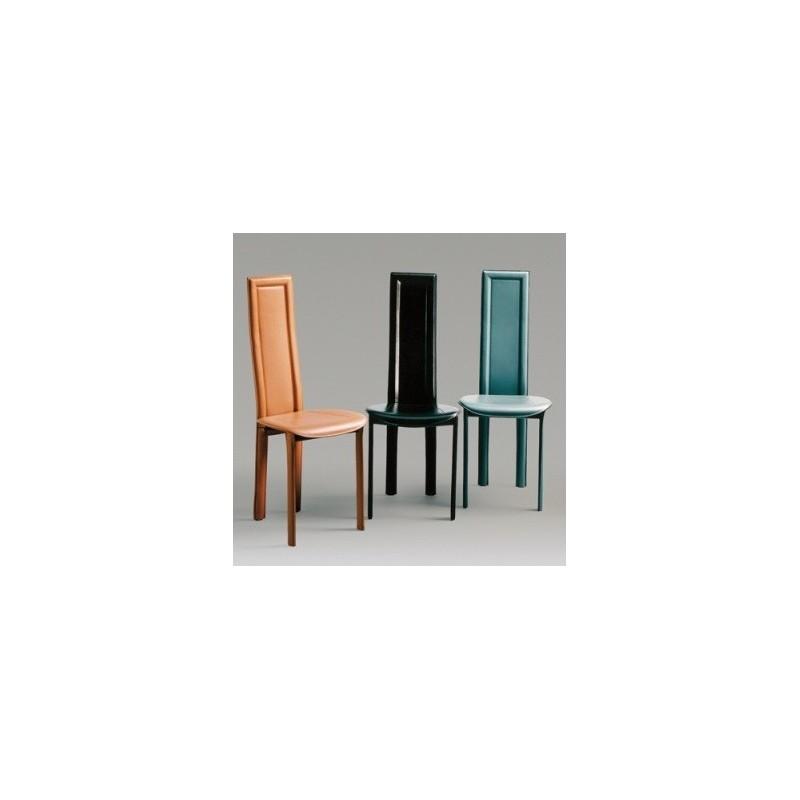 chaise cuir linda pour la salle a manger par fabris adriano. Black Bedroom Furniture Sets. Home Design Ideas