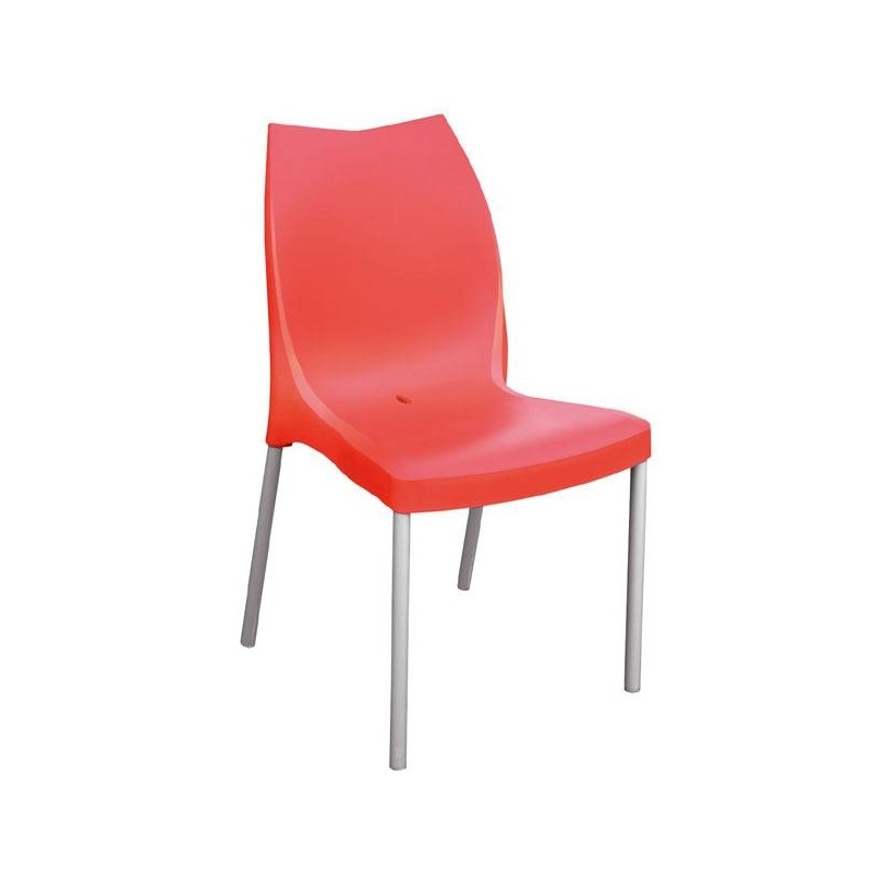 Chaises en plastique free chaise with chaises en for Chaise plastique design